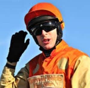 Aidan Coleman rides Gunsight Ridge (1.15) Kempton.