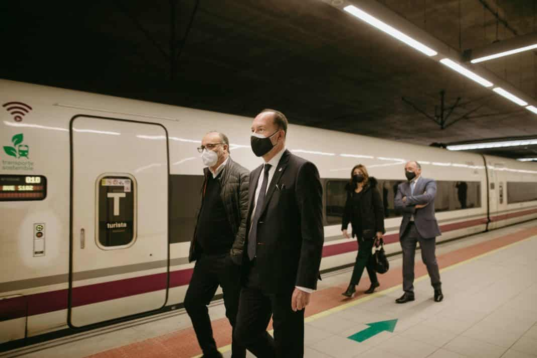 Renfe agrees to promote Orihuela as a tourist and business destination