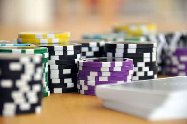 Helping Hand for Poker Players with a Gambling Problem