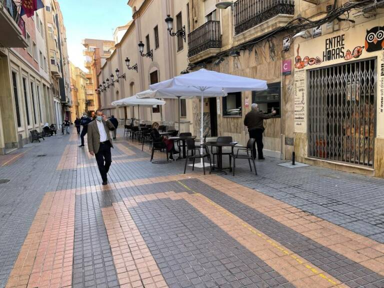Bar and Restaurant terraces to reopen from next Tuesday