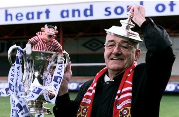 Jim Bowen: Resigned as President of Morecambe FC after criticism for supporting Blackburn Rovers.