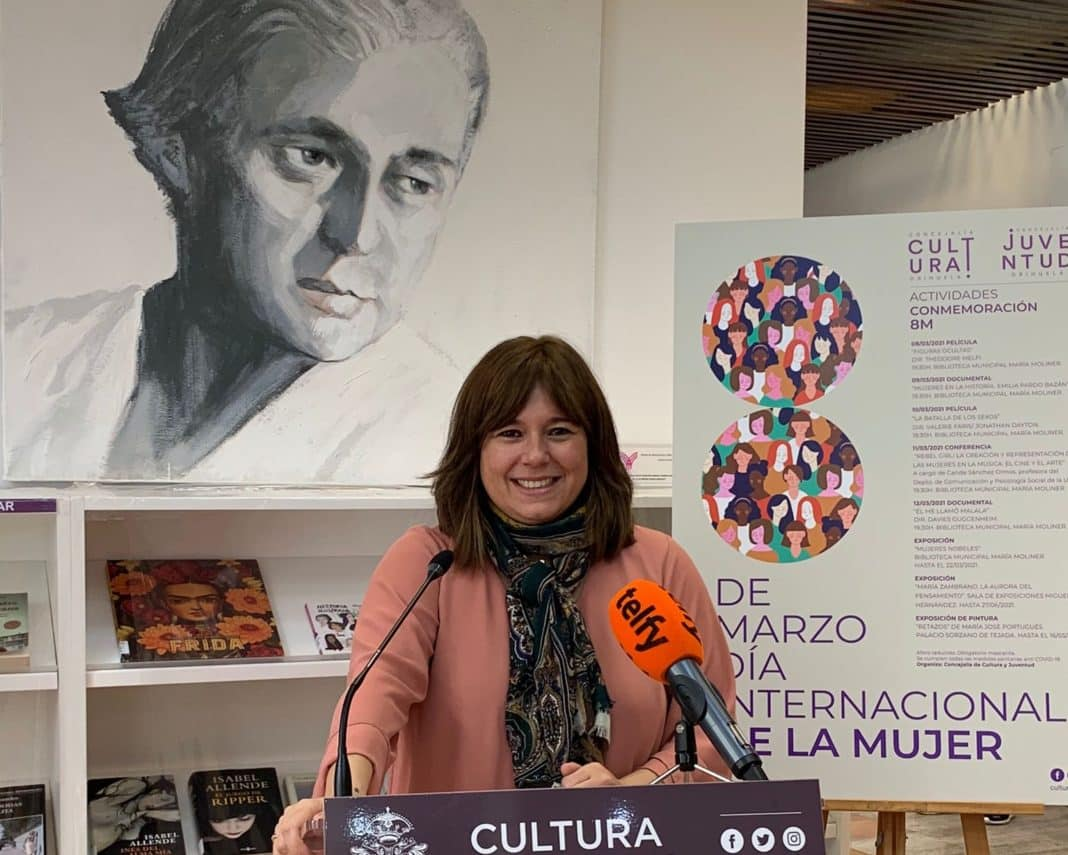 Orihuela celebrates women's role in the world of arts and sciences