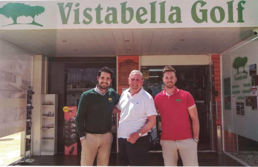 Vistabella Golf Director Joaquín Rocamora, Ian St John and Marshall Benjamín Fructuoso. Photo: courtesy Vistabella Golf.