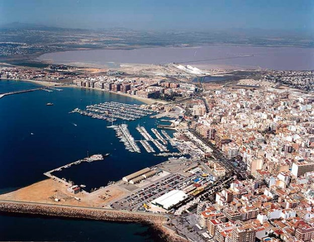 44,000 m2 dry dock for the port of Torrevieja