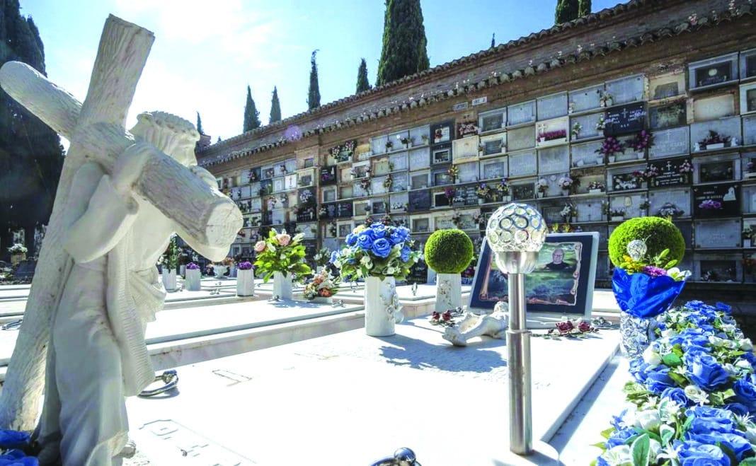 Orihuela to build a cemetery on the coast