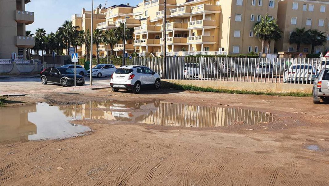 Prolonged inaction by Orihuela Department of infrastructures heavily criticised