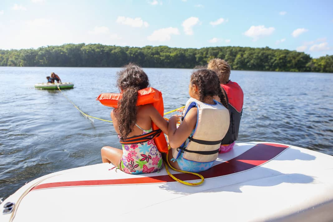 4 Essential Boating Safety Tips