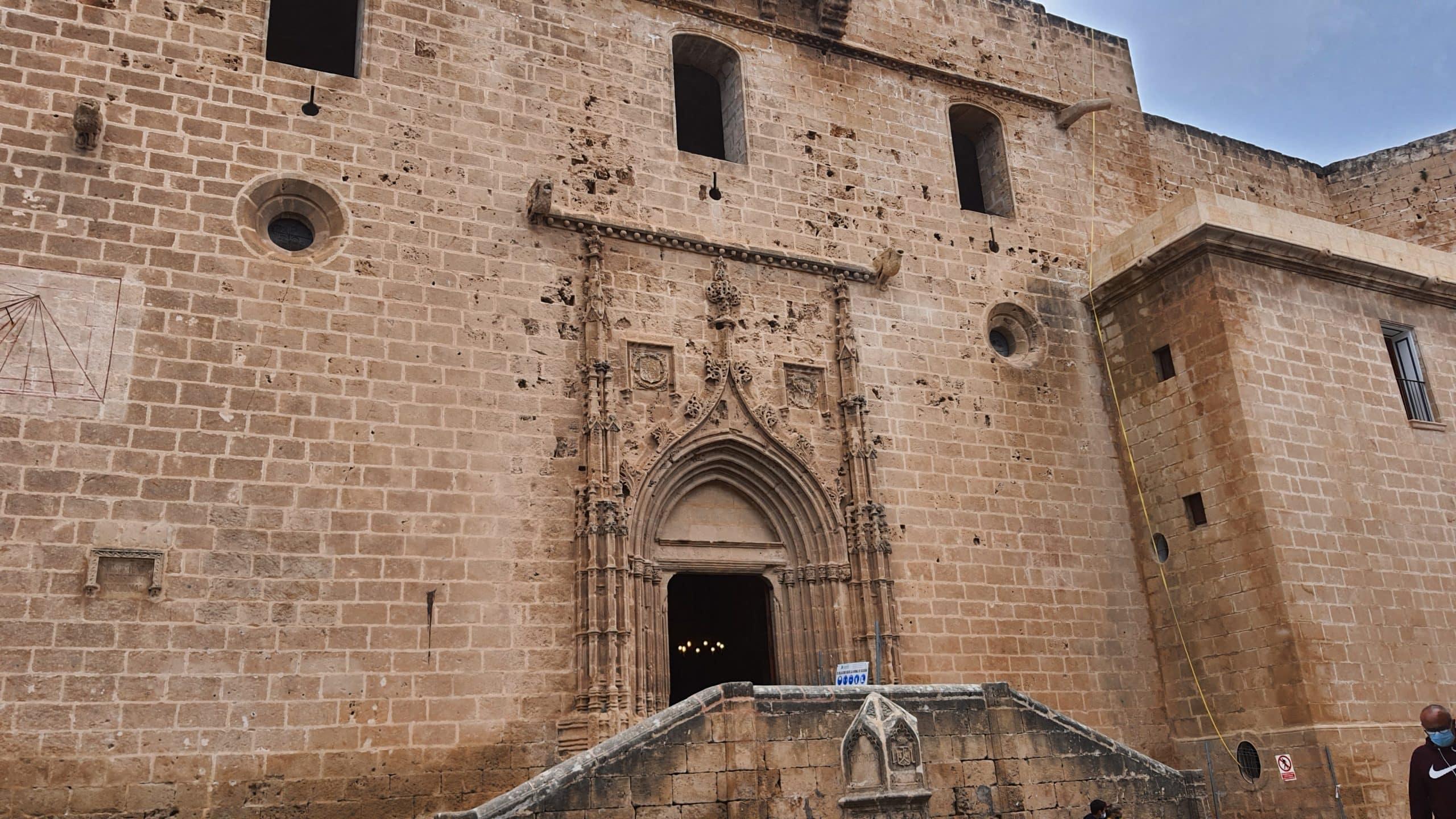 Fortress- Church of San Bartolome