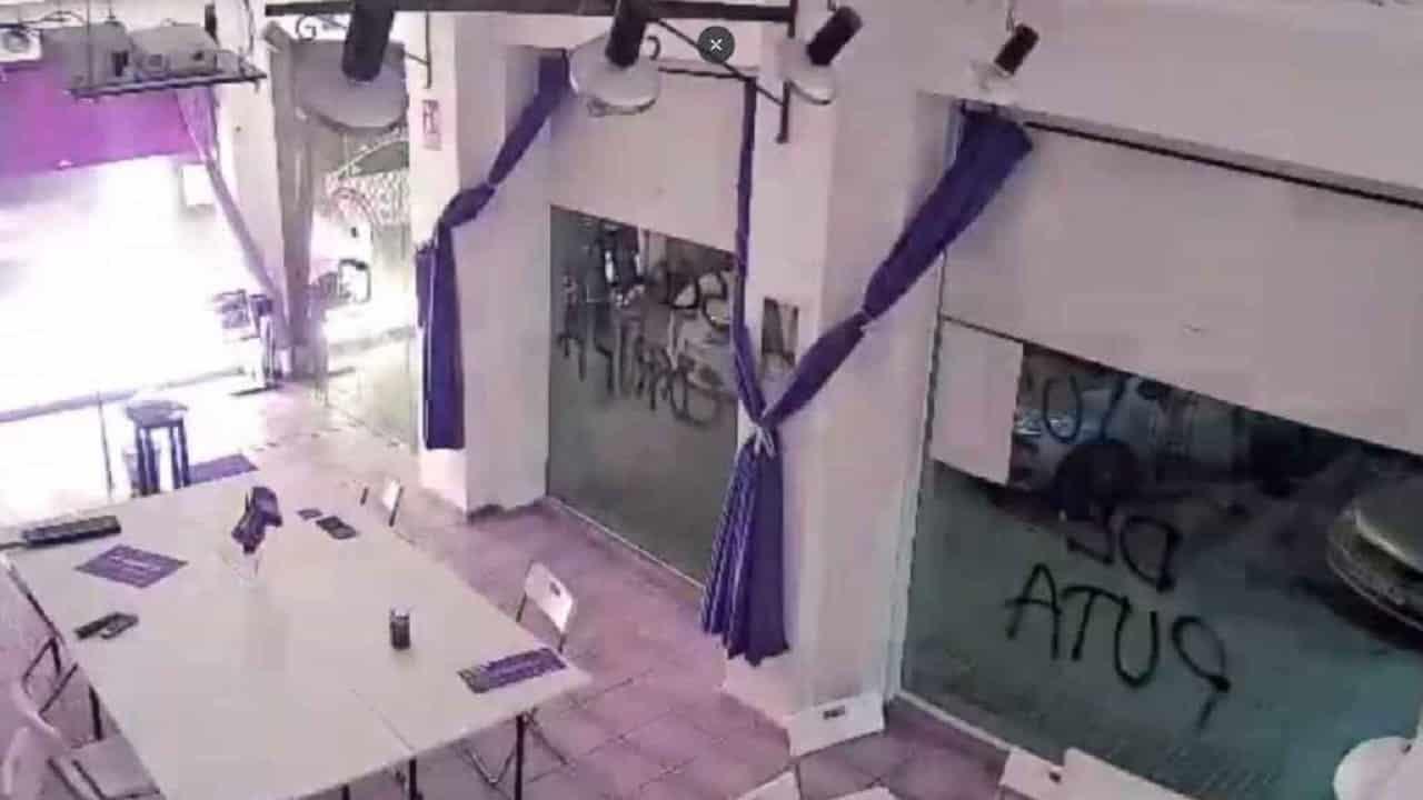 Podemos Cartagena Headquarters attacked with Molotov Cocktails