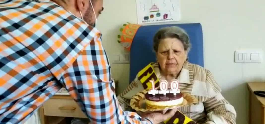 Casaverde pays tribute to 101-year-old Maruja Campos