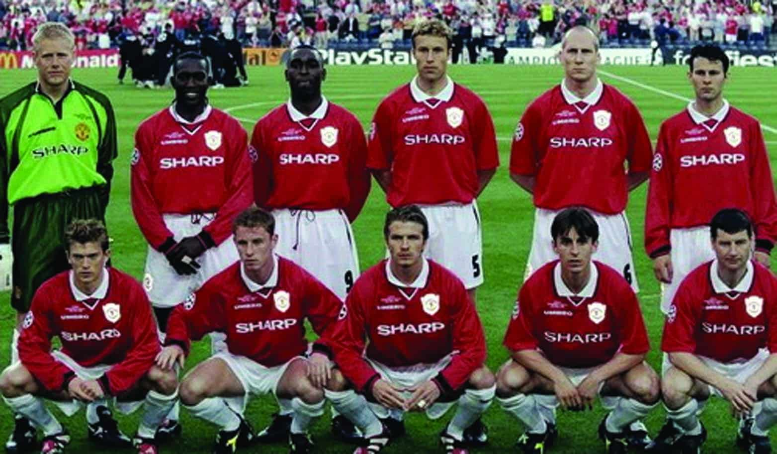 The golden generation of Manchester United Club in 1999 / Ph.bongda.vn