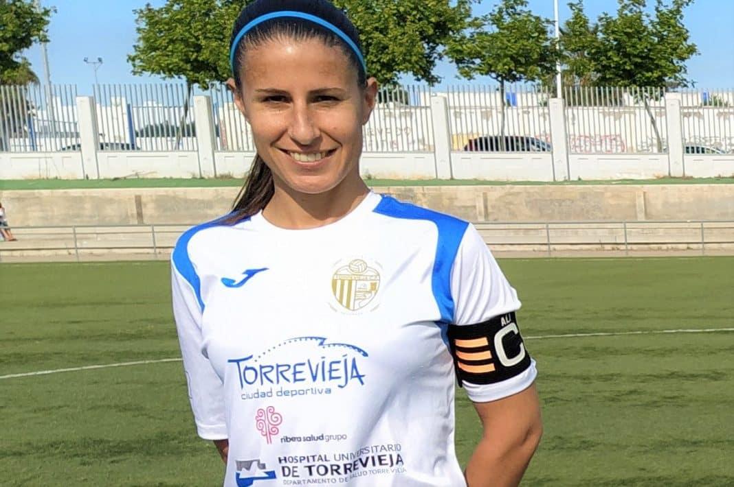 Alicia, Capitán del Torrevieja C.F. Femenino