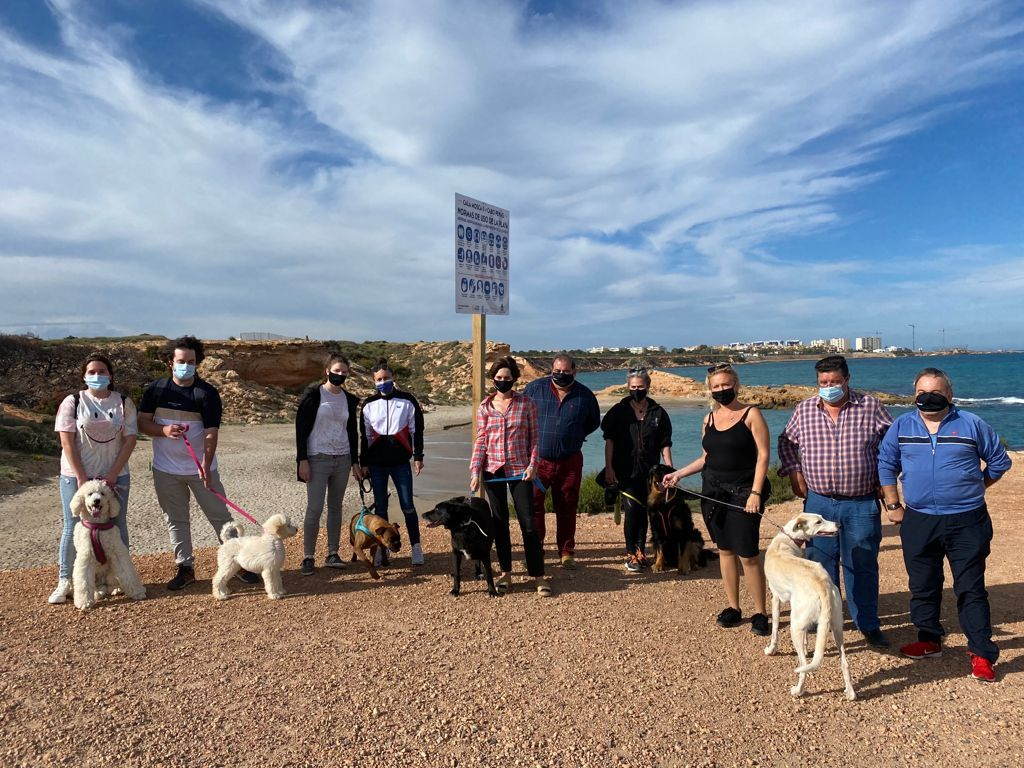 Dogs get their own beach in Cala Mosca