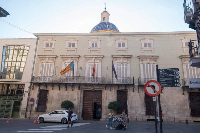 Orihuela Council on the move to alternative accommodation