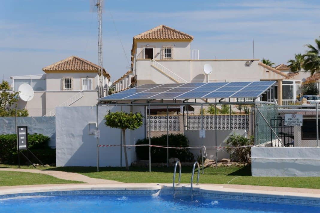 San Fulgencio Council applauds Solar Initiative.