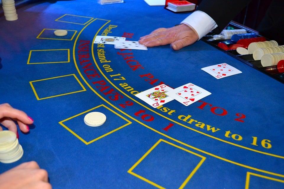 What to Look for When Choosing Online Blackjack Bonuses