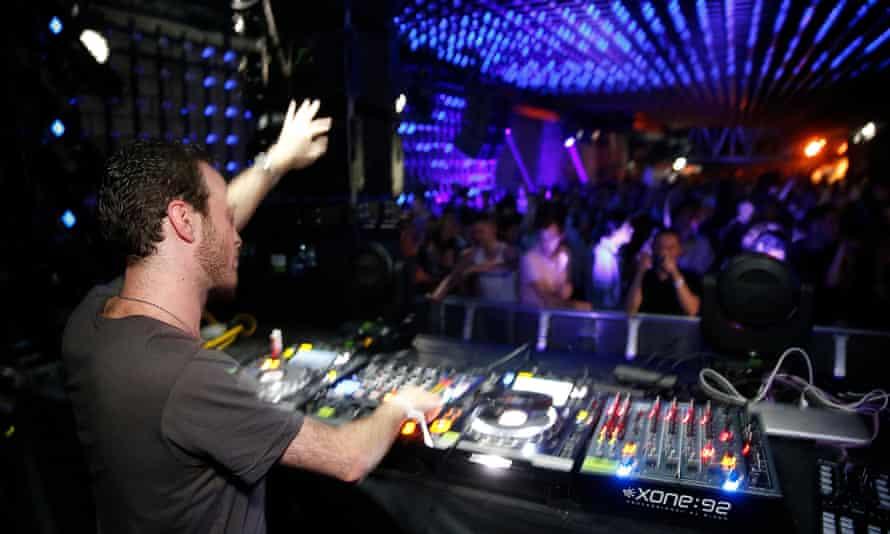 Noisse Nightclub
