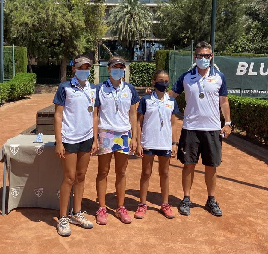 Torrevieja Girls qualify for National Championships