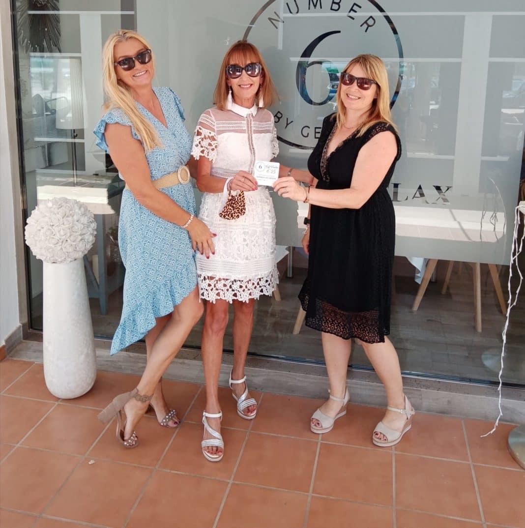 Nanny Joan takes Mar Menor author's prize