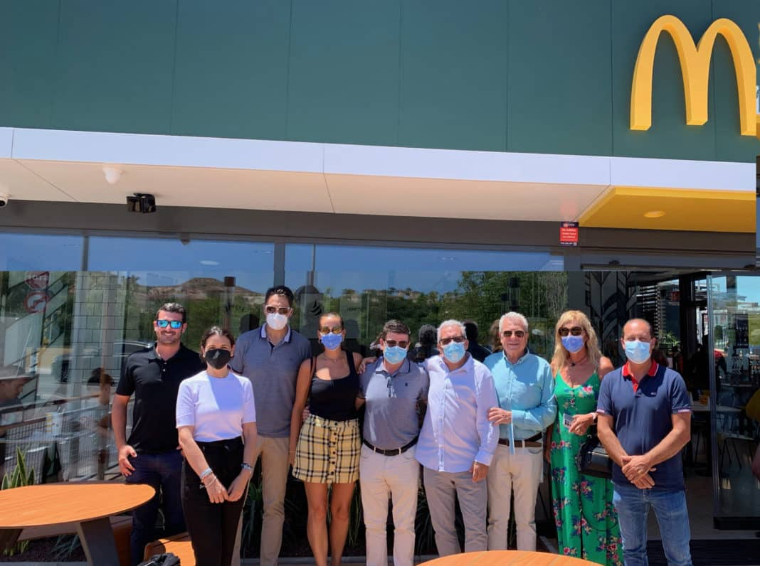 McDonalds opens the first restaurant in Benijófar