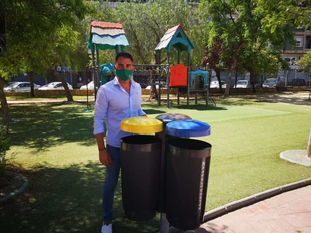 Recycling bins installed in Orihuela playgrounds