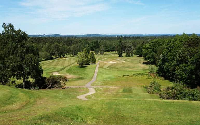 Celebrities partake in Willie Thorne Memorial Golf Day