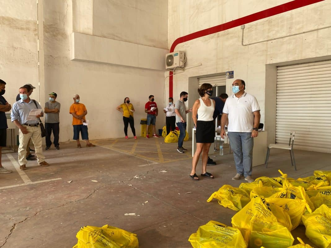 Orihuela hires 99 unemployed for agricultural work
