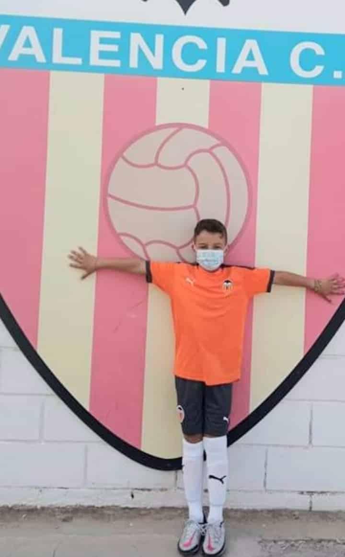 Aspe UD youth prodigy Benjamin Sergio Manchón joined Valencia CF Academy.