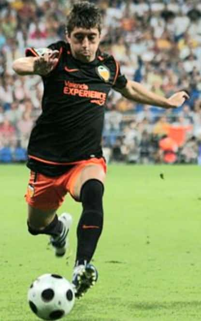 Spain cap Pablo Hernàndez, 36, made over 100 appearances for Valencia.