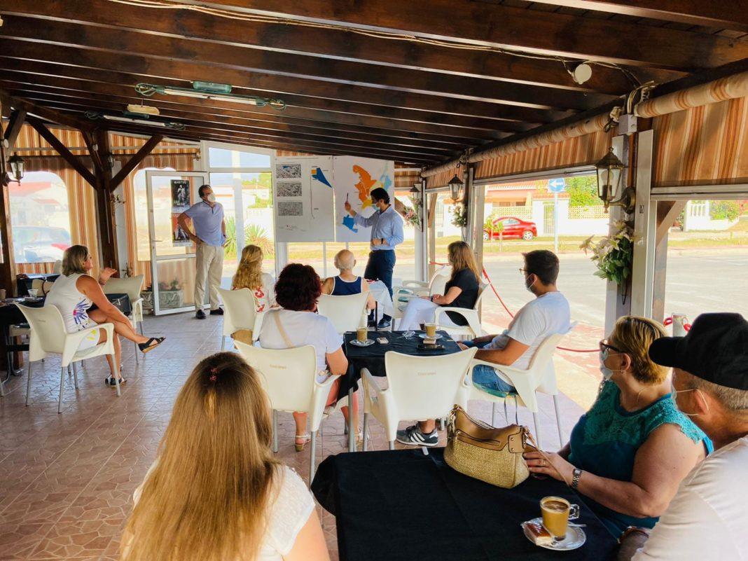 The mayor met with residents of the Torreta Florida urbanization