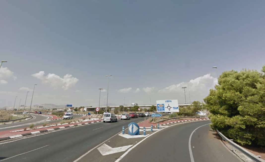La turborrotonda, next to the University of Alicante