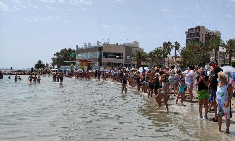 Many beaches on Mar Menor still clear