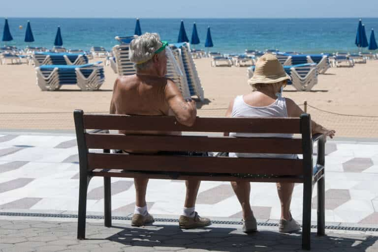 Province of Alicante now at medium risk as incidence of virus drops to 125.77