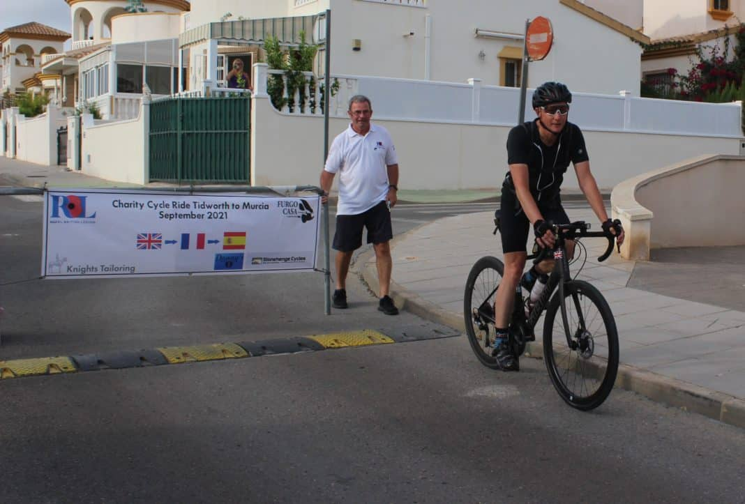 Crossing the finishing line in Campoverde