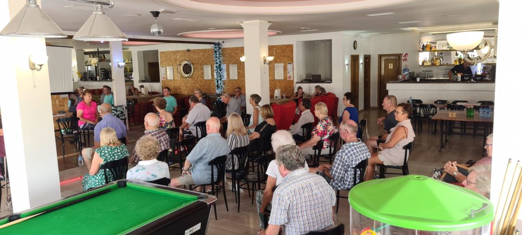 Veterans learn about care and allowances in Spain