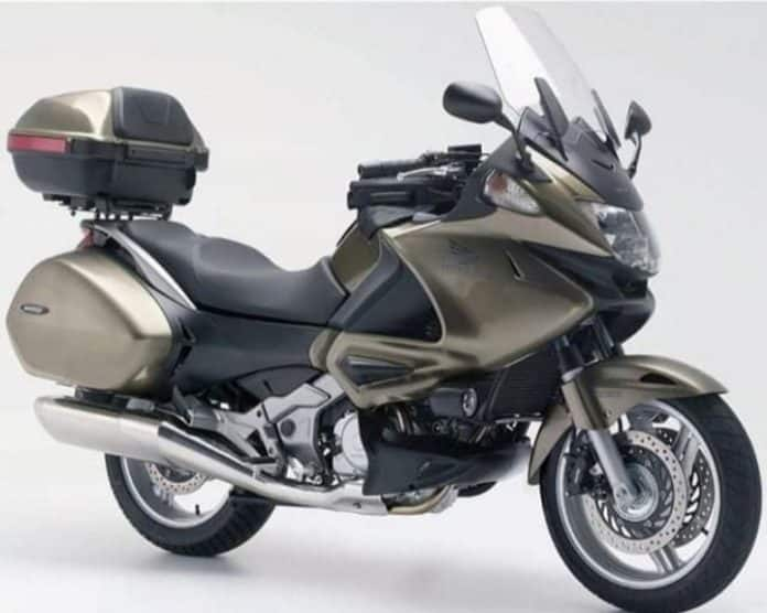 Torrevieja policia public appeal after motorbike hit-and-run