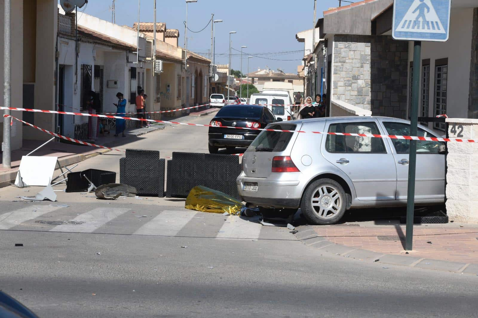 Two dead as car ploughs into Torre Pacheco terrace